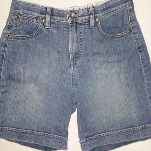 Lee Comfort Waistband Denim Shorts Size 10